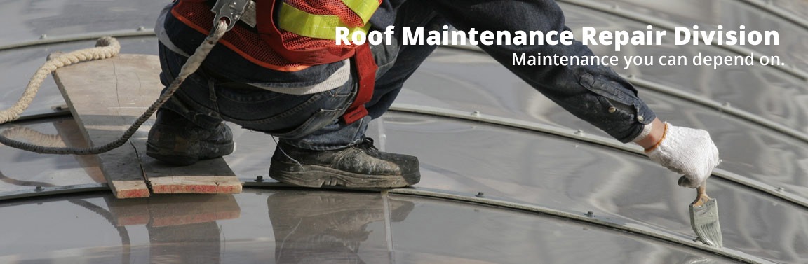 roofer-with-safety-harness